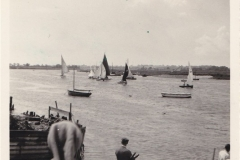 Dinghy_race_on_River_Crouch_2___1950s_60s